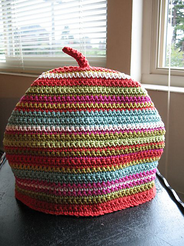 Ravelry Tea Cosy Pattern By Erika Knight