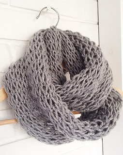 Ravelry Loose Knit Infinity Scarf Pattern By Devise Create Concoct