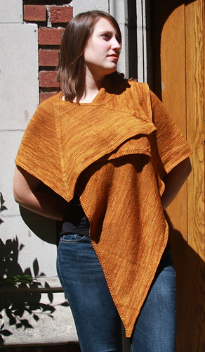 Gold_tri_shawl_t1_medium