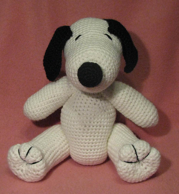 Ravelry Crocheted Snoopy Lookalike Amigurumi Pattern By Armina