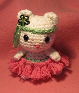 Hoola_kitty_front_small2