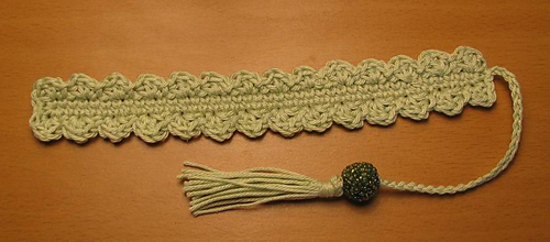 Crocheted_shell_bookmark_-_sage_medium