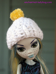 Mh-white-pom-hat-2w_small