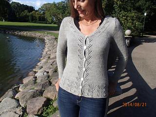 191e61485f Ravelry  Nin s Cardigan pattern by Anne B Hanssen