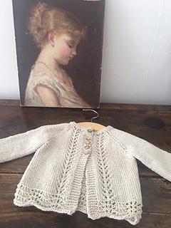 Old Shale Cardigan pattern by Anne B Hanssen
