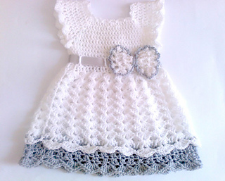 Ravelry Crochet Baby Dress With Bow Pattern By Andree Tünde