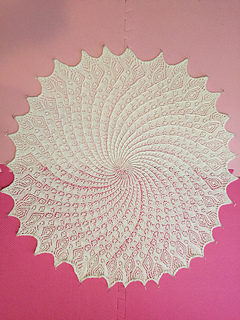 Queen_anne_s_lace_baby_shawl1_small2