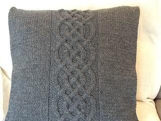 Ravelry Celtic Knot Pillow Cover Pattern By Jennifer Wilby