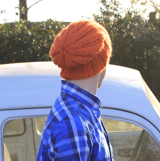 e1141f75c Ravelry: Thick Ribbed Hat pattern by Brooke Snow