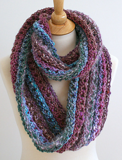 Ravelry: Forever Cowl pattern by Bees Knees Knitting