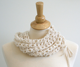 Laceupscarf4_small2