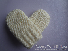 Baby_mittens_made_with_love_small