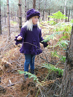 Blueberry_sweater_spooky_woods_front_shot_with_fern_small2