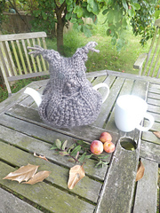 Brown_owl_tea_cosy_ravelry_small