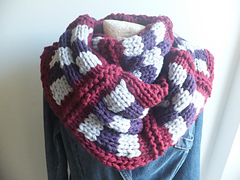 Chequers_cowl_small