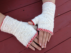 Twined_mitts__small