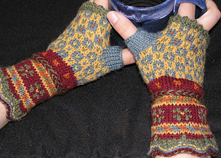Latvianfingerlessmitts_small2