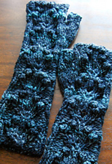 Blue_handspun_pixie_1_small2