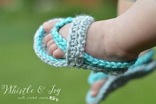 Crochetbabyflipflops7wm_small2