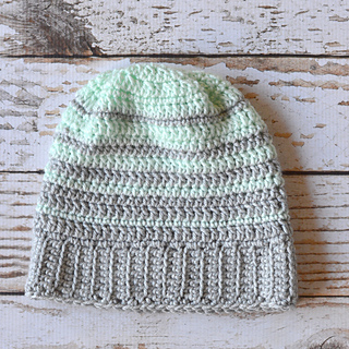 Ravelry: Hipster Slouchy Beanie pattern by Bethany Dearden