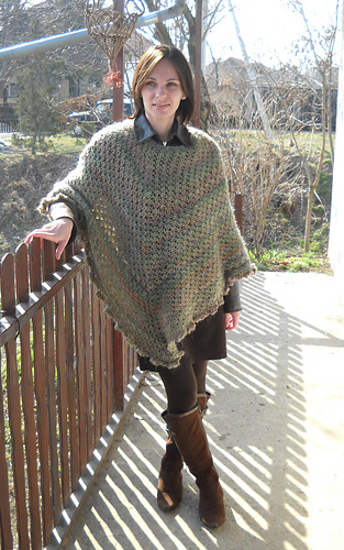 Ravelry Martha Stewart Coming Home Poncho Plus Crochet Pattern