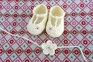 Luisa_baby_booties_20120813_195601_s_small2