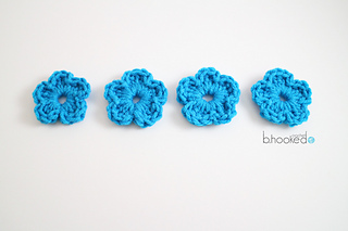 Easy_crochet_flower_featured_image_small2