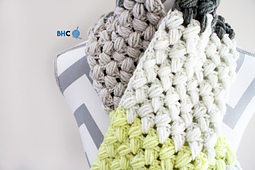 Zigzag_puff_stitch_scarf_small_best_fit