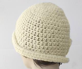 808c893f7e6 Ravelry  1920 s Flower Cloche Hat pattern by Judy Stalus