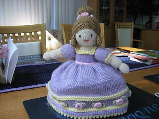 Ravelry Cinderella Topsy Turvy Doll Pattern By Jean Greenhowe