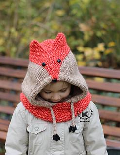 Sly Fox Cowl pattern by Ekaterina Filippova-Blanchard