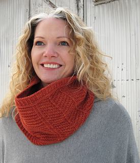 Alewives_cowl_2_small2