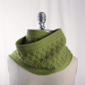 Bristlecone_cowl_pattern_page_square_small_best_fit