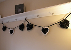 Black_heart_bunting_1_small_best_fit