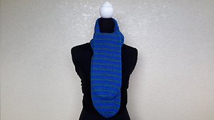 Crochet_2_color_spiral_scarf_-_pic1_small_best_fit