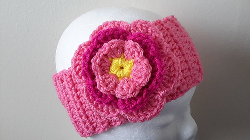Medium Crochet Flower Pattern : Ravelry: bobwilson123 - patterns