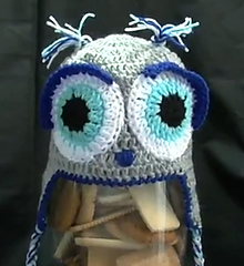 Owl_beanie_small