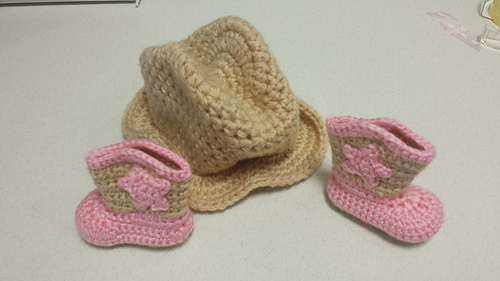 Savannah_hat_and_boots_set_13_medium