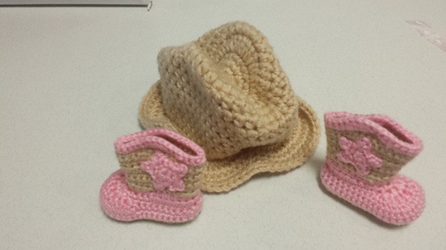 Savannah_hat_and_boots_set_12_medium