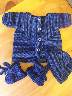 Ravelry: Baby Surprise Jacket Preemie Sized pattern by