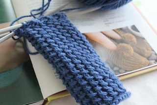 Ravelry_han_slippers_2_small2