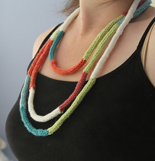 Necklace_1_small2