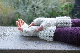 Brina-guanti-fingerless-crochet-4_small_best_fit