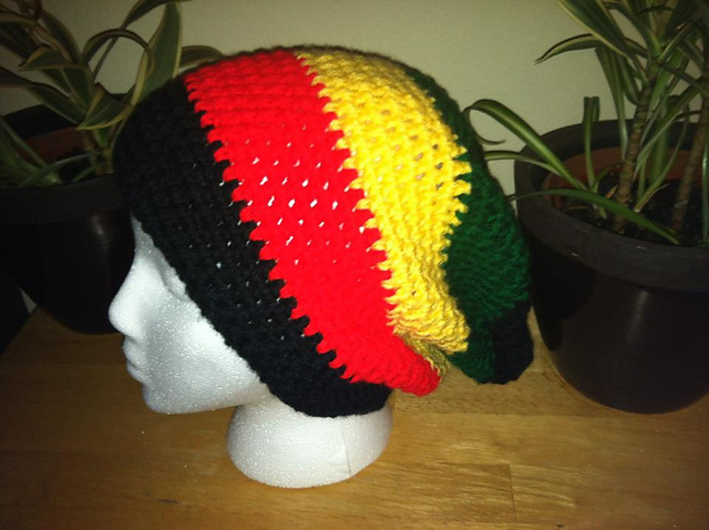 RastaSolid Or Stripes Slouchy Beanie Pattern By Manon Keeley Beautifulyeah Awesome Rasta Hat Crochet Pattern