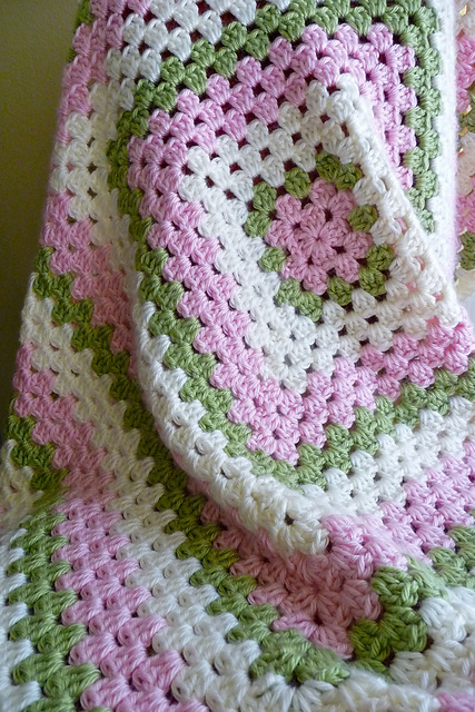 Ravelry Basic Granny Square Baby Blanket Pattern By Cuddles Uk