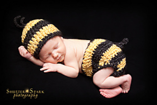 9c372917b Baby Bumblebee Newborn Hat & Diaper Cover pattern by Buttercup Baby