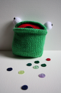 Pocket_frog_3_small2