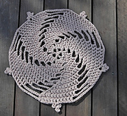 Zpagetti_rug_crochet_doily_small_best_fit