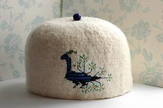 Crochet_tea_cozy_1_p_small2