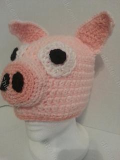 Three_little_pig_storytime_crochet_beanie_pattern_front_left_view_small2